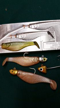 Do-it Essential Series Paddle Tails and Soft Plastics