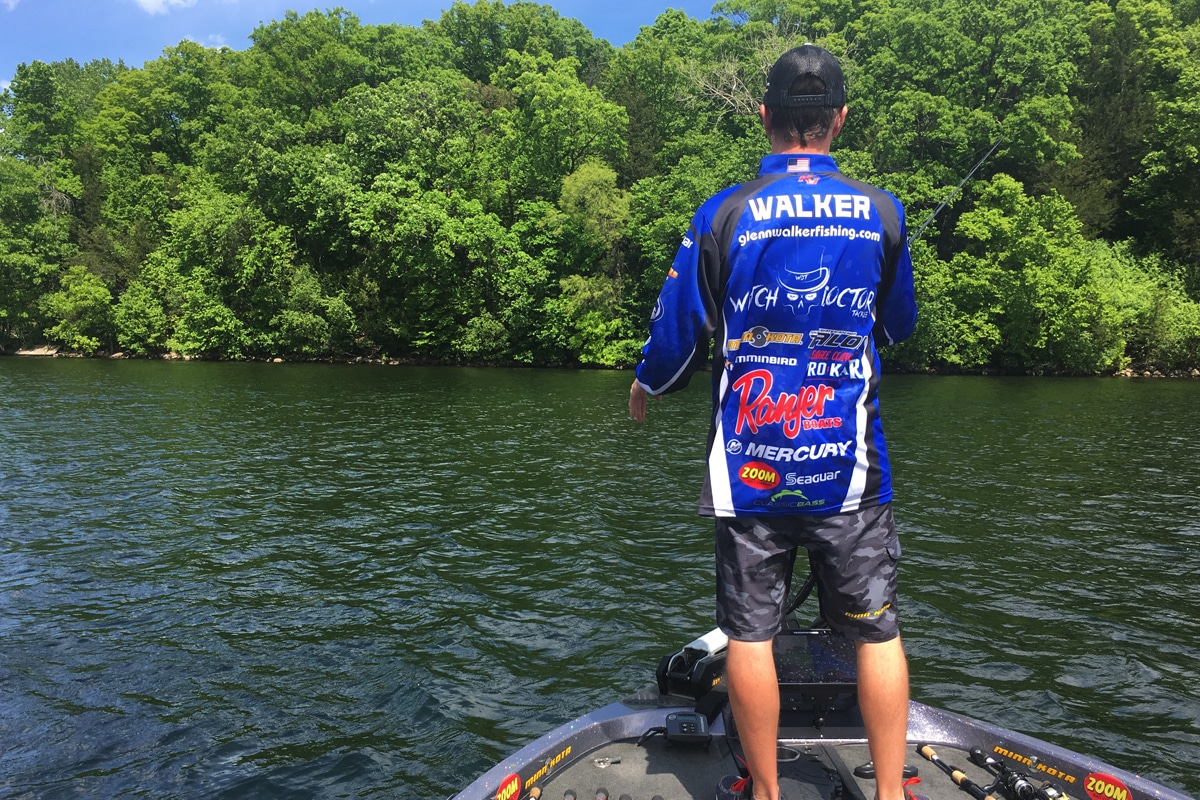 Breaking down the drop shot for summertime bass midwest for Drop shot bass fishing