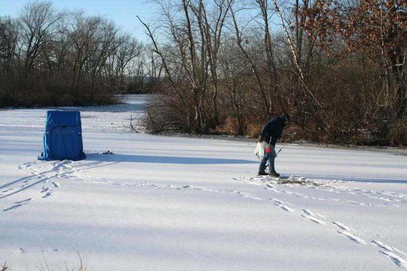 Ice Fishing Backwaters   Ice Fishing Sloughs   ice fish Backwaters   ice fish sloughs   ice fishing safety