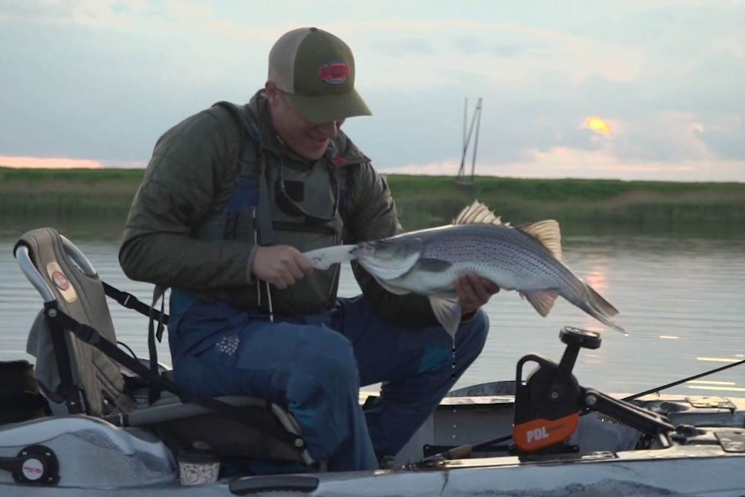 Canoe or Kayak? Which Fits you better for Fishing? - MidWest