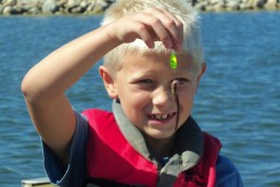 Kids love worms and so do fish! Simple livebait tactics often work best with inexperienced anglers. Once you pick the right lake, it's all about having fun.
