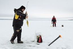 Ice fishing with electronics   How to use ice fishing electronics   Ice fishing underwater cameras   Ice fishing flashers   Ice fishing technology