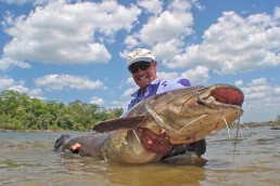 Larry Dahlberg, host of The Hunt for Big Fish, talks fishing on MidWest Outdoors Podcast
