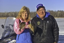 Dave Genz and daughter Kathy Roberts talk ice-fishing on the MidWest Outdoors Podcast.